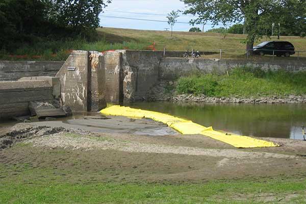 nehir bankası bakımı için cofferdam